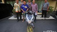 Satriyo Eko tersangka pencurian sepeda motor lintas provinsi ditahan di Mapolresta Surakarta kemarin (25/9).  (DAMIANUS BRAM/RADAR SOLO)