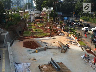 Suasana proyek pembangunan Taman Spot dan Budaya Dukuh Atas, Jakarta, Rabu (19/6/2019). Taman tersebut digunakan untuk menciptakan ruang ekspresi budaya yang pembangunnnya hampir rampung. (merdeka.com/Imam Buhori)