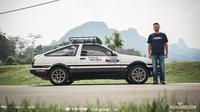 Lelaki ini rela setir mobil Malaysia-Jerman untuk lamar kekasih. (dok. Facebook.com/Hayashi86)