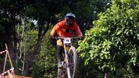 Rider 76 Team, Khoiful Mukhib, meraih gelar di kelas Men Elite setelah finis dengan catatan waktu 3 menit 18.172 detik. (dok. 76 team)