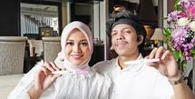 Pasangan pengantin baru Aurel Hermansyah dan Atta Halilintar juga tengah berbahagia. Pasalnya, anak sulung Krisdayanti ini sedang mengandung buah cinta pertamanya.(Instagram/aurelie.hermansyah)