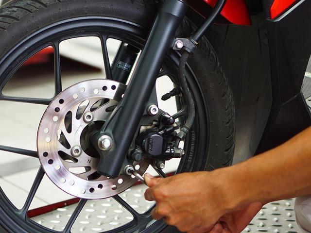 Jangan Malas, Begini Cara Merawat Rem Cakram Sepeda Motor - Otomotif  Liputan6.com