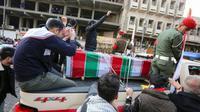 Pemakaman Qasem Soleimani di Baghdad, didampingi oleh ribuan pelayat. (Source: AFP)