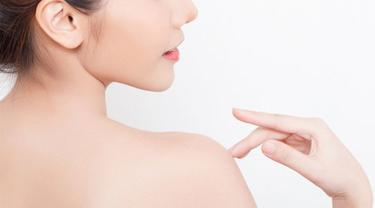 Cara Menghilangkan Jerawat Di Punggung Yang Perlu Kamu Tahu Beauty Fimela Com