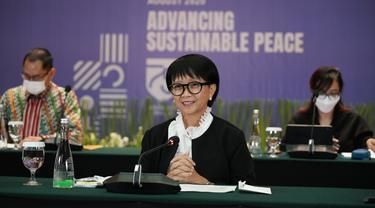 Menlu Retno Marsudi dalam press briefing bersama dengan awak media secara virtual pada Kamis 27 Agustus 2020.