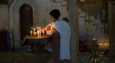 FOTO: Peringatan Kamis Putih di Gereja Makam Kudus Kota Tua Yerusalem