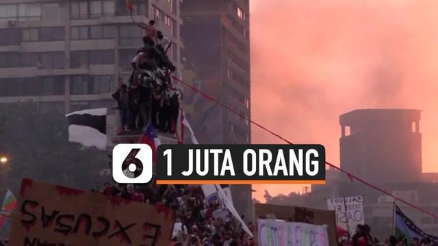 Lebih dari sejuta warga Chile berunjuk rasa di kota Santiago, memprotes kebijakan ekonomi pemerintah Chile.