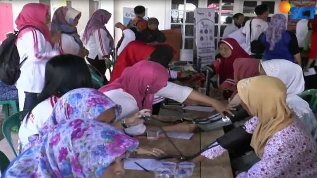 Selain di Desa Ngoran, Kecamatan Nglegok, posko pemeriksaan dan pengobatan Pundi Amal Peduli Kasih juga digelar di Desa Kebongagung, Wonodadi, Kabupaten Blitar.