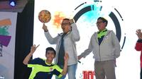Menpora Imam Nahrawi didampingi Bupati Tangerang Ahmed Zaki Iskandar dan Deputi Bidang Pembudayaan Olahraga Raden Isnanta membuka secara resmi gelaran Indonesia Open X-Sport Championship