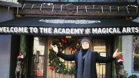Deddy Corbuzier mengunjungi Magic Castle di Hollywood. Ia menceritakan tempat tersebut (Dok.Instagram/@mastercorbuzier/https://www.instagram.com/p/B6pyenLnEFv/Komarudin)