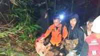 Pelajar SMPN 2 Kolaka yang berhasil ditemukan setelah dikabarkan hilang selama 12 jam di dalam Hutan Kolaka. (Liputan6.com/ Ahmad Fua)