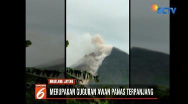 Gunung Merapi semburkan awan panas sebanyak tujuh kali dengan jarak luncur maksumum 2 kilometer mengarah ke Kali Gendol, Yogyakarta.