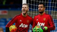 David De Gea dan Sergio Romero (AFP/Ian Kington)