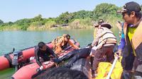 Tim SAR gabungan menemukan jenazah korban jatuhnya pesawat cessna di Indramayu. (Dok. Basarnas)