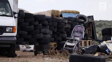 11 anak ditemukan di sebuah gurun terpencil di New Mexico, Amerika Serikat, dalam kondisi mengenaskan. Mereka disekap oleh dua pria bersenjata.
