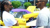 Hadiah pensiun Kobe Bryant pemberian rapper Snoop Dogg. (sumber: NBA)