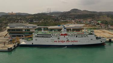 Kapal Ferry Yang Melayani Penyebrangan Merak-Bakauheni. (Kamis, 04/03/2021). (Dokumentasi ASDP Indonesia Ferry).