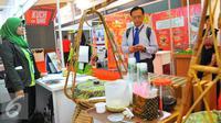 Pameran pameran Indonesia Franchise & SME Expo (IFSE) ditujukan untuk menarik semakin banyak pengunjung melihat peluang usaha yang ditawarkan oleh industri waralaba Indonesia, Jakarta, Jumat (25/11). (Liputan6.com/Angga Yuniar)