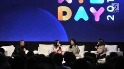 Suasana saat selebgram Clarice Cutie memberi penjelasan dalam diskusi panel di acara XYZ Day 2018 di The Hall, Senayan City, Jakarta, Rabu (25/4). (Merdeka.com/Iqbal S Nugroho)