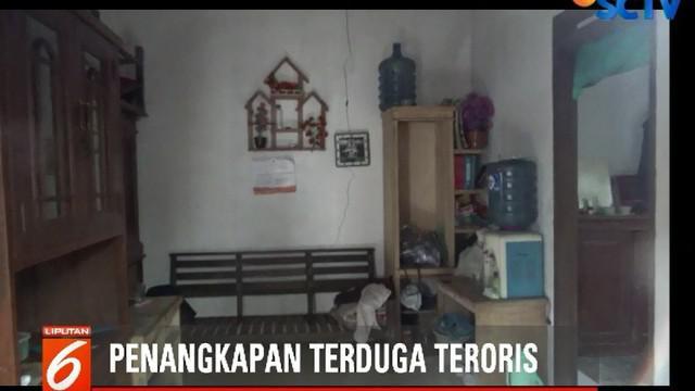 Salim Hadi Suci ditangkap Tim Gabungan Densus 88 Antiteror Mabes Polri Polda Jabar dan Polres Cimahi.