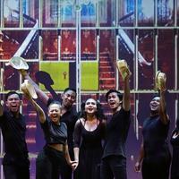 Para peserta Indonesia Menuju Broadway gelar showcase What I Did For Love di Jakarta. (Bambang E Ros/Fimela.com)