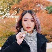 Makeup Glowing ala Beauty Influencer Janine Intansari. (Instagram/janineintansari).