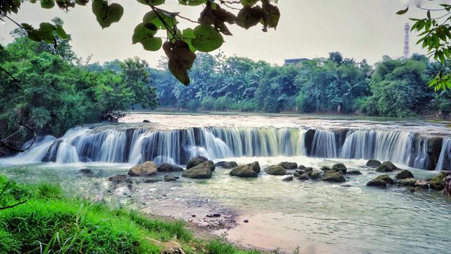 6 Tempat Wisata Alam Curug Sekitar Jakarta Ini Bakal