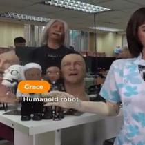 Grace, robot yang dirancang bantu tenaga medis (Screenshot of Twitter/@Reuters)