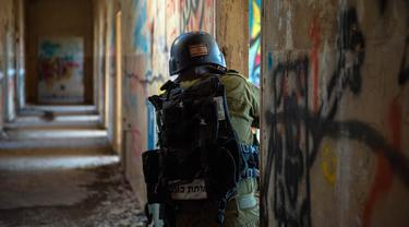 FOTO: Militer Israel Lancarkan Serangan Udara Terhadap Tentara Suriah dan Iran