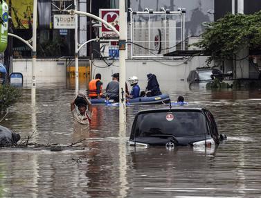 FOTO: Pemandangan Kawasan Kemang yang Terendam Banjir