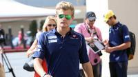 Pebalap F1 Sauber, Marcus Ericsson, dinyatakan memenuhi syarat untuk tampil di GP Inggris 2016 setelah mengalami kecelakaan di latihan bebas. (EPA/Srdjan Suki)