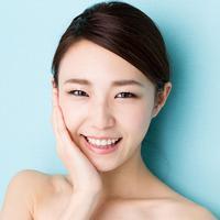 Bosan dengan bentuk alismu saat ini? Coba ubah alismu seperti alis aktris Korea. Ini tutorialnya. (Sumber foto: StyleCraze.com)