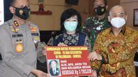 Keluarga pengusaha bantu Rp 2 triliun bagi warga terdampak pandemi Covid-19. (Sumber: Merdeka.com/Irwanto)