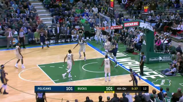Berita video game recap NBA 2017-2018 antara New Orleans Pelicans melawan Milwaukee Bucks dengan skor 123-121.