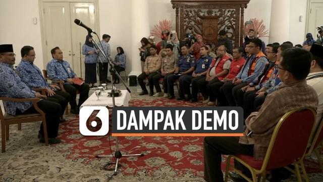 Pemerintah povinsi DKI Jakarta masih menghitung Kerusakan Fasilitas Umum akibat demo rusuh di DPR RI.  Gubernur DKI Jakarta Anies Baswedan berharap tidak terjadi perusakan fasum akibat kegiatan unjuk rasa.