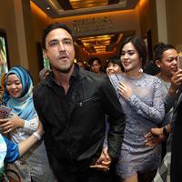 Raisa dan Hamish Daud. (Nurwahyunan/Bintang.com)