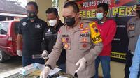 Polres Blora gelar konferensi pers soal kasus distribusi ilegal pupuk bersubdi. (Liputan6.com/Ahmad Adirin)