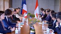 Presiden Jokowi Temui Presiden Prancis di Jepang (Biro Pers Istana)