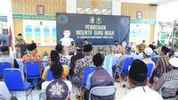 Bupati Banyuwangi Abdullah Azwar Anas saat acara pemberian insentif guru ngaji di Banyuwangi, Kamis (12/11/2020).