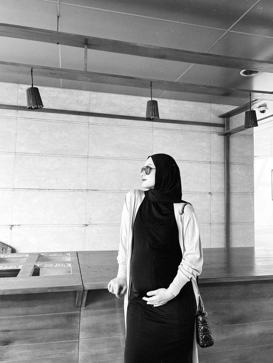 Dinda Hauw dan Rey Mbayang (Instagram/dindahw)