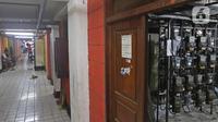 Meteran listrik terlihat di Rumah Susun Benhil, Jakarta, Kamis (28/11/2019). Pemerintah akan melakukan penyesuaian tarif listrik untuk golongan Rumah Tangga Mampu (RTM) 900 VA pada 1 Januari 2020, kenaikan tarif listrik diperkirakan mencapai Rp29.000 per bulan. (Liputan6.com/Herman Zakharia)