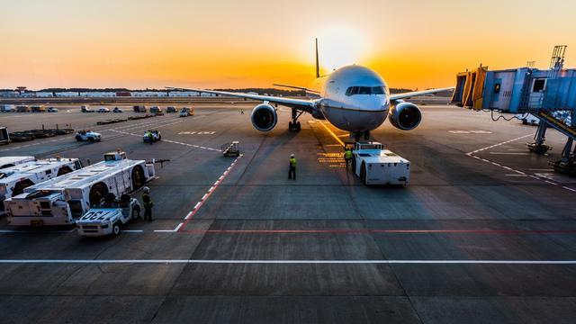 Lalu Lalang Pergerakan Pesawat Diprediksi Menurun Hingga 24 Mei 2021 -  Bisnis Liputan6.com