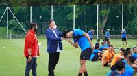Ketua Umum PSSI, Mochamad Iriawan memberi semangat pemain Timnas U-23 yang melakukan persiapan jelang SEA Games 2021 (dok: PSSI)