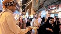 Ilustrasi bazar Ramadan di Arab Saudi. (AFP)