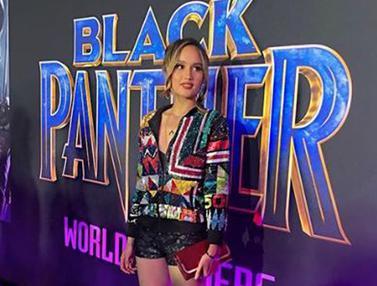 Gandeng Aktor Ganteng, Cinta Laura Eksis di Gala Premier Black Panther