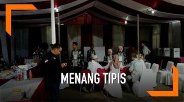 Pasangan capres-cawapres nomor urut 01 Jokowi-Ma'ruf menang tipis di TPS 62, Kebagusan, Jaksel, tempat Ketua Umum PDIP Megawati Soekarnoputri mencoblos.
