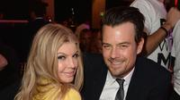 Fergie dan Josh Duhamel. (AFP/Jason Merritt/GETTY IMAGES NORTH AMERICA)
