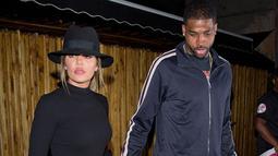 Dilansir dari HollywoodLife, Khloe Kardashian miliki syarat spesifik untuk bisa menerima lamaran Tristan Thompson. (REX-Shutterstock)