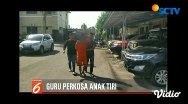 Seorang guru PNS di Tasikmalaya, Jawa Barat, perkosa anak tiri saat istrinya memasak atau ke luar rumah.