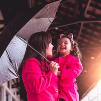 ilustrasi ibu dan anak bahagia/Photo by lucas souza from Pexels